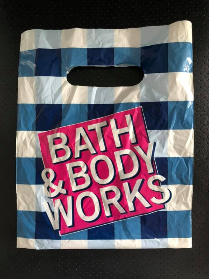 Bath-and-Body-Works-POLY-bags-Coming-to-Select-Stores-in-Three-Sizes-to-save-Paper-Bags-for-Peak-use